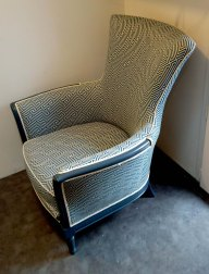 Réfection de ce fauteuil avec le tissu Novara de chez Froca