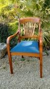 Réfection complète de ces 2 galettes de fauteuils. Tissu Enoa, coloris Paon