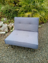Couverture tissu de ce fauteuil contemporain. Tissu Pegaso, Hopke