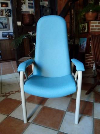 Couverture simili cuir médical collection Diabolo de 3 fauteuils pour un hopital