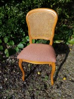 Création de 6 galettes de chaises tapissées en remplacement d'un cannage mécanique. Tissu Toluca de chez Casal